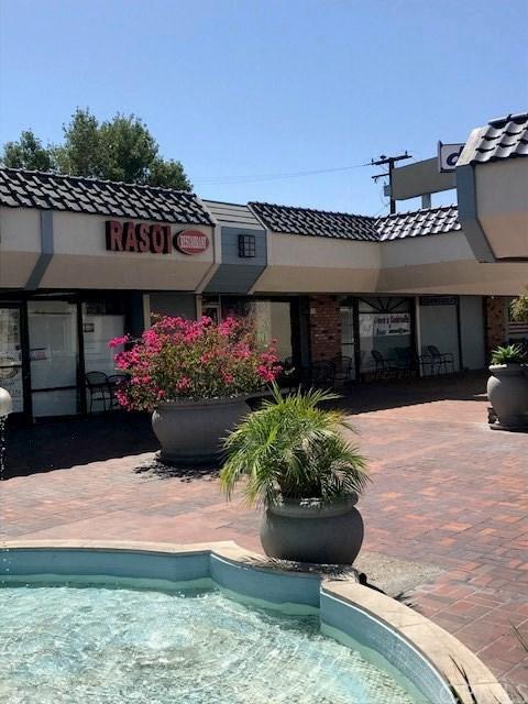 678 El Camino Real, Tustin, CA 92780 (#PW18218171) :: Fred Sed Group