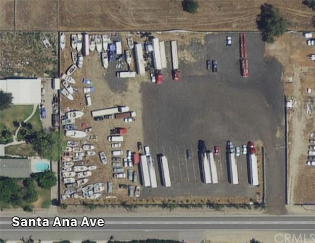 19204 Santa Ana Avenue, Bloomington, CA 92316 (#IG18218651) :: The Laffins Real Estate Team