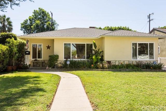 16554 Haynes Street, Lake Balboa, CA 91406 (#SR18219644) :: Team Tami