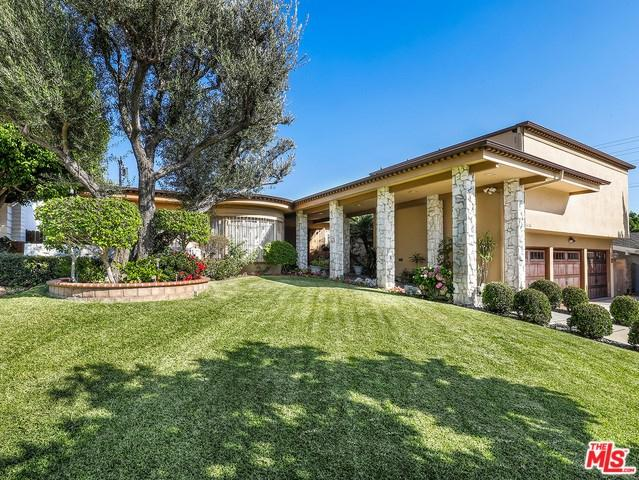 6736 Shenandoah Avenue, Los Angeles (City), CA 90056 (#18383936) :: RE/MAX Innovations -The Wilson Group