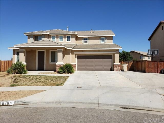 8455 Roosevelt Court, Oak Hills, CA 92344 (#PW18219651) :: Barnett Renderos