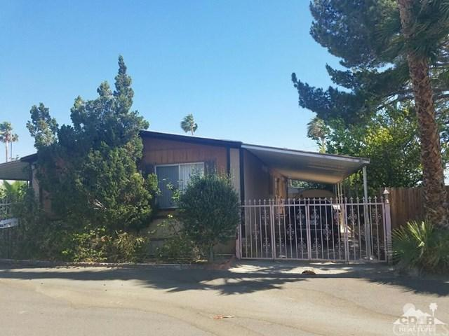 70875 Dillon Road #38, Desert Hot Springs, CA 92241 (#218025002DA) :: Barnett Renderos
