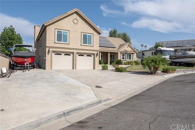 29960 Beacon Court, Canyon Lake, CA 92587 (#SW18221532) :: Team Tami
