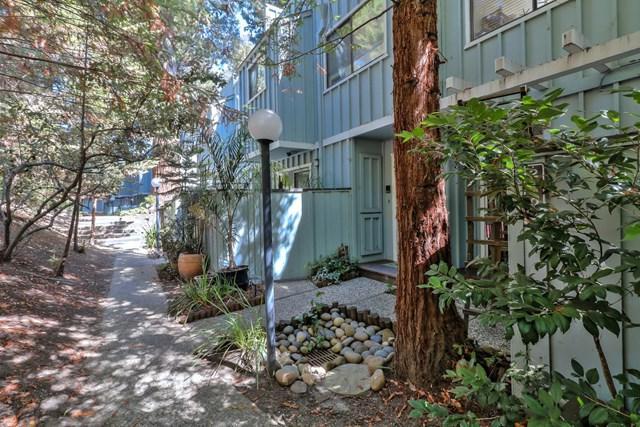 2102 Wharf Road, Capitola, CA 95010 (#ML81722824) :: Fred Sed Group