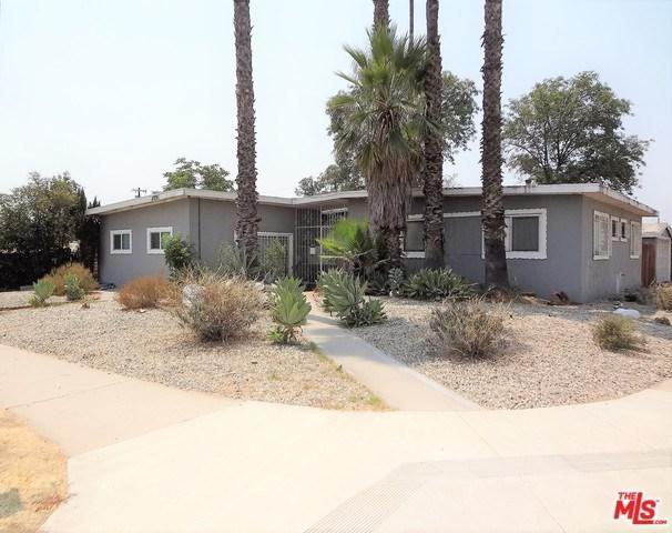 11709 Herrick Avenue, San Fernando, CA 91340 (#18383552) :: Fred Sed Group