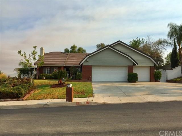 22980 Orangewood Court, Grand Terrace, CA 92313 (#IV18221819) :: Team Tami