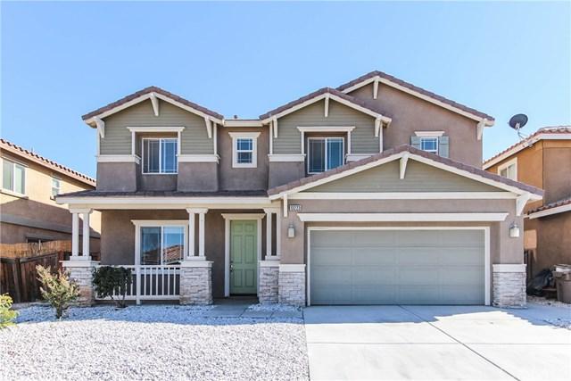 13223 La Crescenta, Oak Hills, CA 92344 (#PW18222141) :: Barnett Renderos