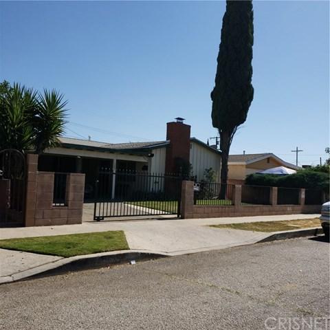 13562 Corcoran Street, San Fernando, CA 91340 (#SR18220886) :: Fred Sed Group