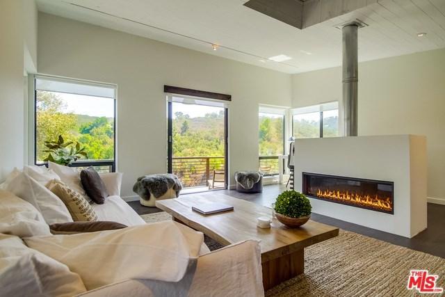 542 Canon View Trail, Topanga, CA 90290 (#18384434) :: RE/MAX Empire Properties