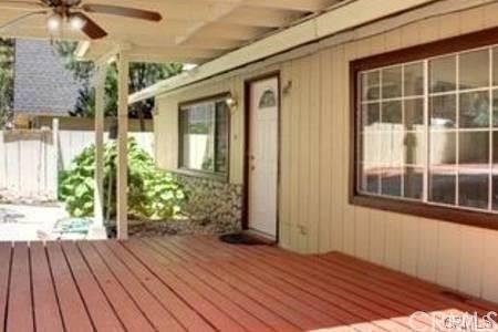 1017 E Country Club Boulevard, Big Bear, CA 92314 (#IG18223560) :: Barnett Renderos