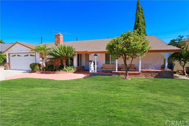 9440 Larkspur Drive, Westminster, CA 92683 (#OC18222369) :: Scott J. Miller Team/RE/MAX Fine Homes