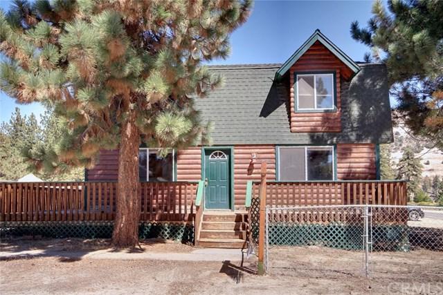 1050 Paradise Way, Big Bear, CA 92314 (#EV18224117) :: Barnett Renderos