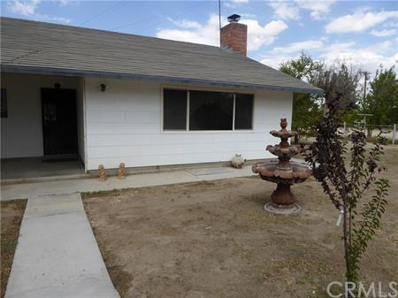 35722 Rabbit Springs Road, Lucerne Valley, CA 92356 (#CV18224632) :: The Ashley Cooper Team