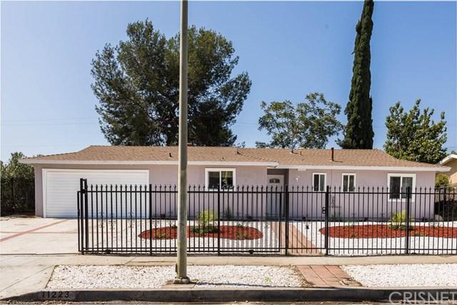 11223 Cometa Avenue, Pacoima, CA 91331 (#SR18222255) :: Team Tami