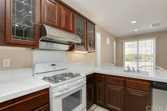 17822 Woodbine Court, Carson, CA 90746 (#PW18222227) :: The Laffins Real Estate Team