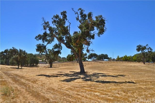 2123 Barley Grain Road, Paso Robles, CA 93446 (#NS18225372) :: RE/MAX Parkside Real Estate