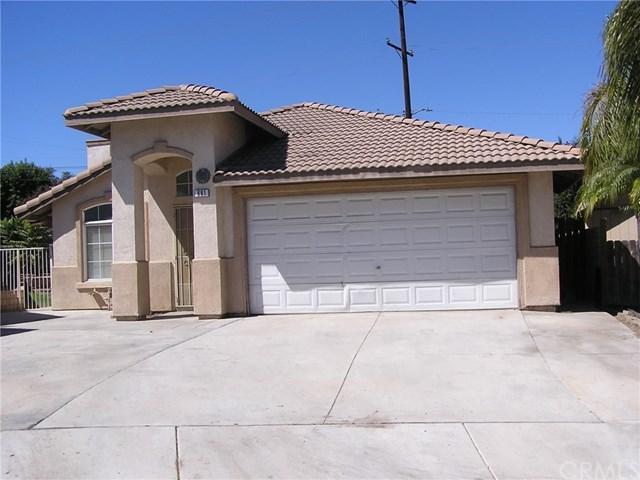 691 Avenida Capistrano, Colton, CA 92324 (#IV18225639) :: RE/MAX Empire Properties