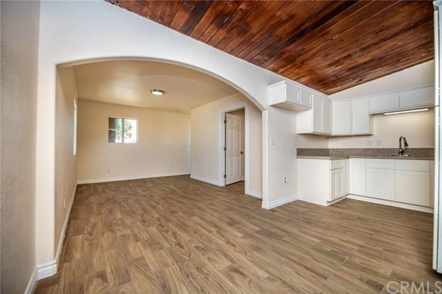 9829 Williams Avenue, Bloomington, CA 92316 (#CV18225829) :: The Laffins Real Estate Team
