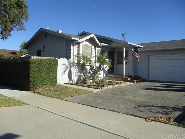 1004 W 213th Street, Torrance, CA 90502 (#SB18226072) :: The Laffins Real Estate Team