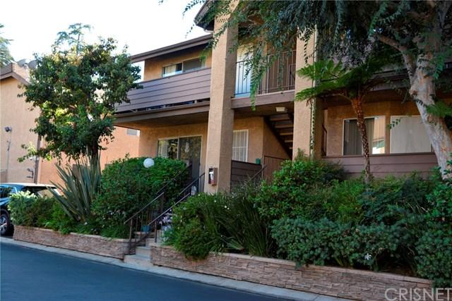 14837 Sherman Way #2, Van Nuys, CA 91405 (#SR18226084) :: The Laffins Real Estate Team