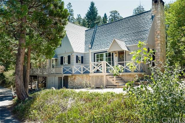 234 Flower Ln, Lake Arrowhead, CA 92352 (#EV18224365) :: Team Tami