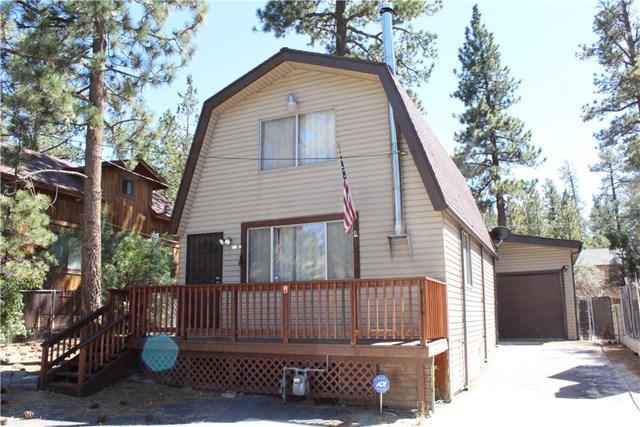 112 E Mojave Boulevard, Big Bear, CA 92314 (#EV18226213) :: Barnett Renderos