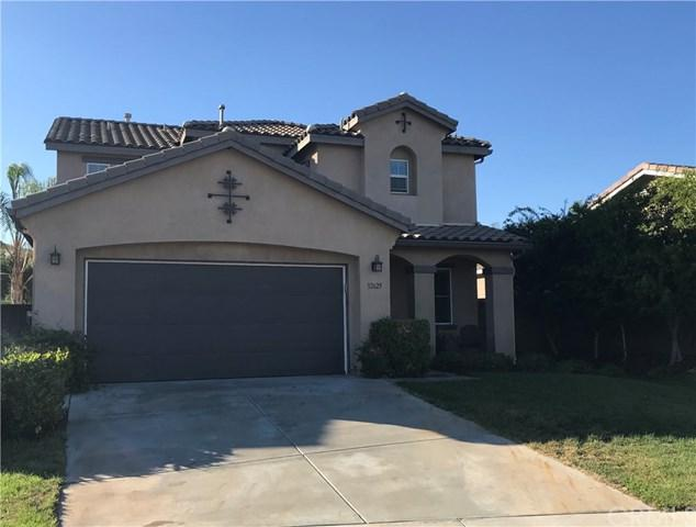 32625 San Clemente, Lake Elsinore, CA 92530 (#SW18226234) :: Team Tami
