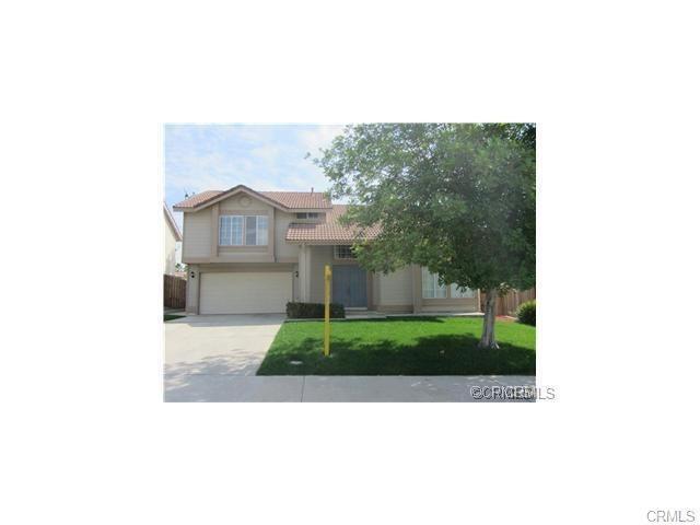 12258 Heritage Drive, Moreno Valley, CA 92557 (#TR18226647) :: The DeBonis Team