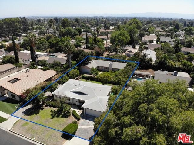 17540 Ludlow Street, Granada Hills, CA 91344 (#18387072) :: Fred Sed Group