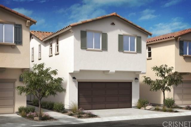 14703 Rose Lane, Van Nuys, CA 91405 (#SR18227399) :: The Laffins Real Estate Team
