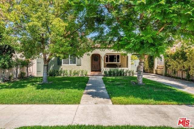 930 N Lincoln Street, Burbank, CA 91506 (#18386172) :: The Laffins Real Estate Team