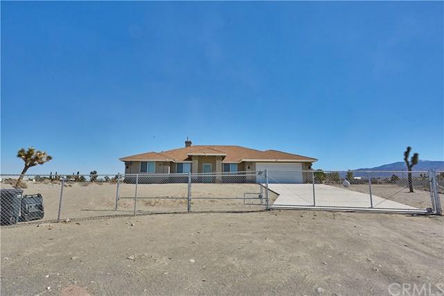 1995 Manzano, Pinon Hills, CA 92372 (#CV18221122) :: Barnett Renderos