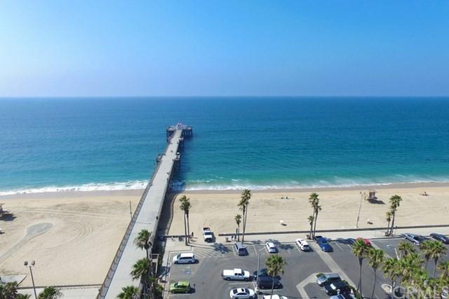 704 E Oceanfront, Newport Beach, CA 92661 (#NP18227231) :: Scott J. Miller Team/RE/MAX Fine Homes