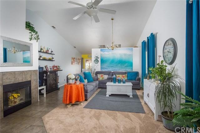 14624 Palm Street, Adelanto, CA 92301 (#CV18228292) :: Impact Real Estate