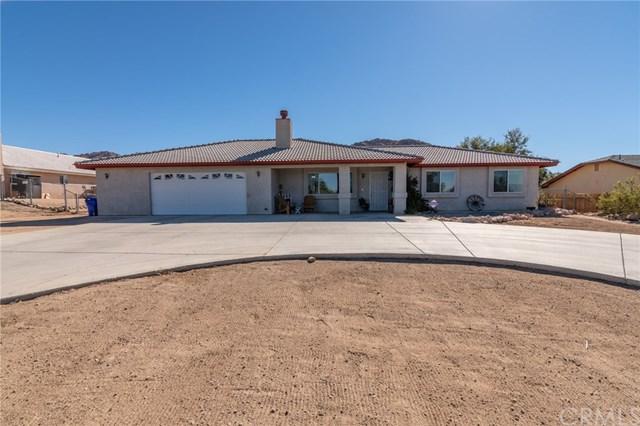 17475 Mesquite Road, Apple Valley, CA 92307 (#EV18227415) :: Team Tami
