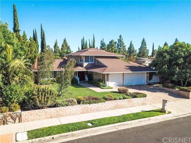10814 Vanalden Avenue, Northridge, CA 91326 (#SR18228166) :: Fred Sed Group