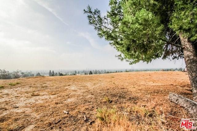 1 Ridgeway, Granada Hills, CA 91344 (#18386608) :: Fred Sed Group
