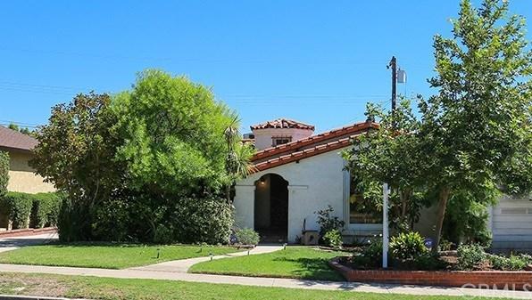 712 E Elmwood Avenue, Burbank, CA 91501 (#BB18228250) :: Barnett Renderos