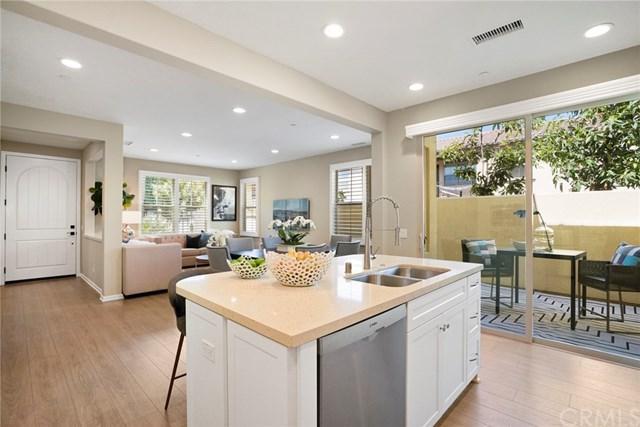 94 Desert Pine, Irvine, CA 92620 (#OC18228587) :: Scott J. Miller Team/RE/MAX Fine Homes