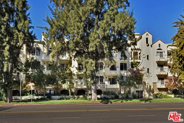 4601 Coldwater Canyon Avenue #105, Studio City, CA 91604 (#18380366) :: The Laffins Real Estate Team