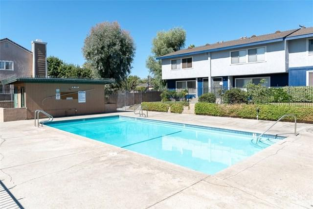 1940 Lucas Street #2, San Fernando, CA 91340 (#DW18227819) :: Fred Sed Group