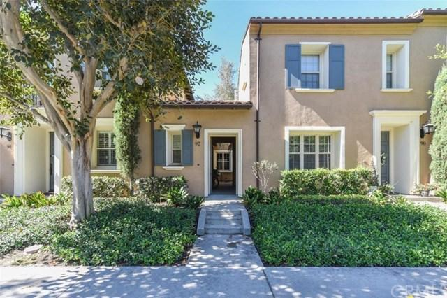 92 Townsend, Irvine, CA 92620 (#OC18224952) :: Fred Sed Group