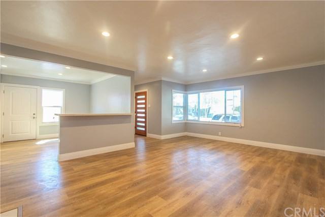 2476 Pine Avenue, Long Beach, CA 90806 (#PW18226379) :: Scott J. Miller Team/RE/MAX Fine Homes