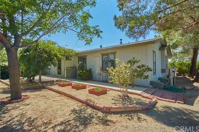 11471 Alta Vista Road, Pinon Hills, CA 92372 (#CV18228969) :: Barnett Renderos