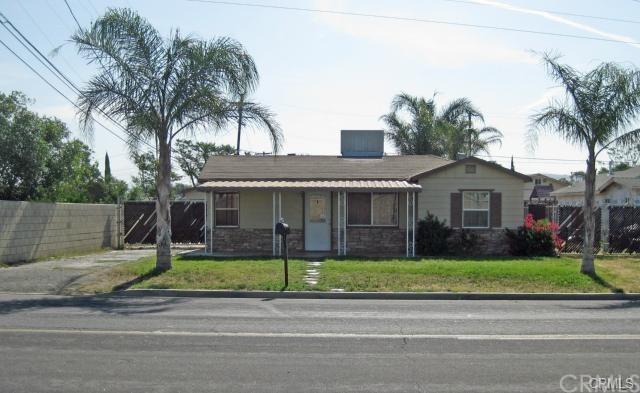 4858 Rutile Street, Riverside, CA 92509 (#IV18228941) :: The Laffins Real Estate Team