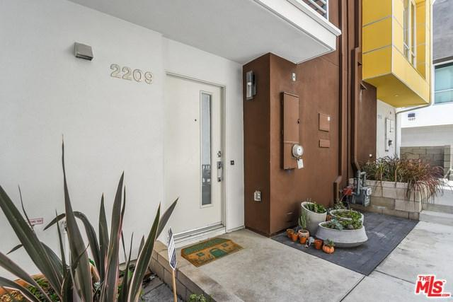 2209 Polyscope Place, Los Angeles (City), CA 90026 (#18387638) :: The Ashley Cooper Team