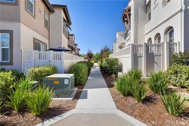 44040 Soler Court, Temecula, CA 92592 (#SW18224464) :: California Realty Experts