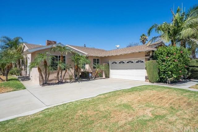 9970 Santa Anita Avenue, Montclair, CA 91763 (#CV18228810) :: Team Tami