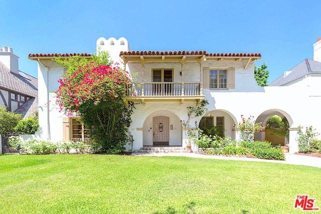 131 S Mccadden Place, Los Angeles (City), CA 90004 (#18387924) :: The Laffins Real Estate Team