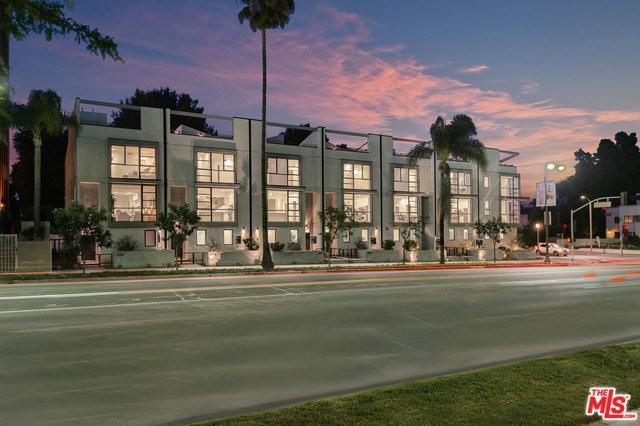 4721 Wilshire Boulevard, Los Angeles (City), CA 90005 (#18388212) :: The Laffins Real Estate Team